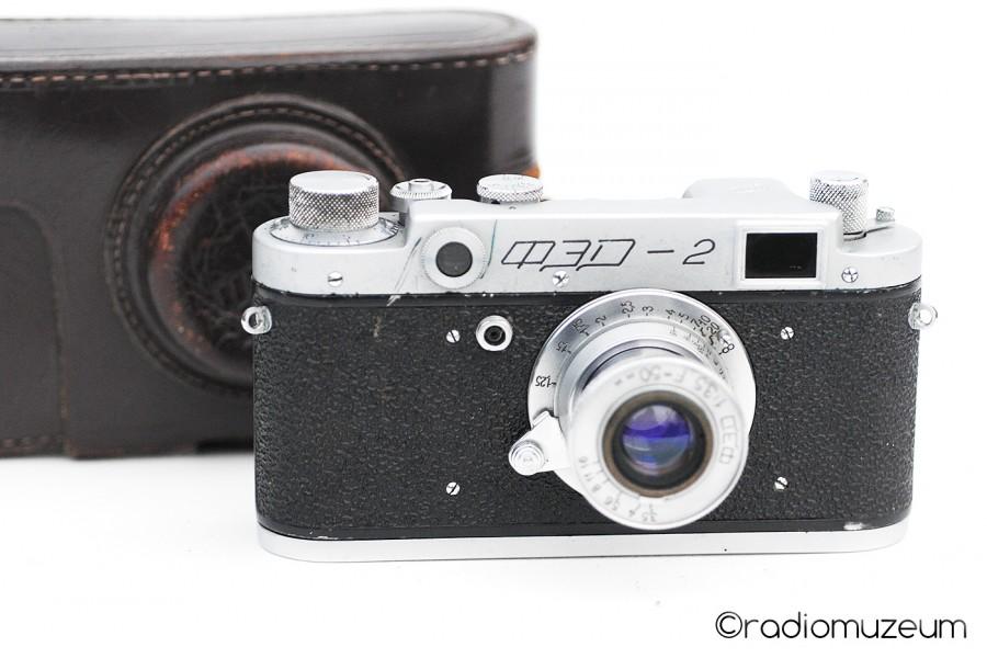 FED-2 No. 145686 with a tube-shaped FED lens No. 271377