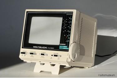 Weltblick – ч/б телевизор c УКВ радио в коробке с документами
